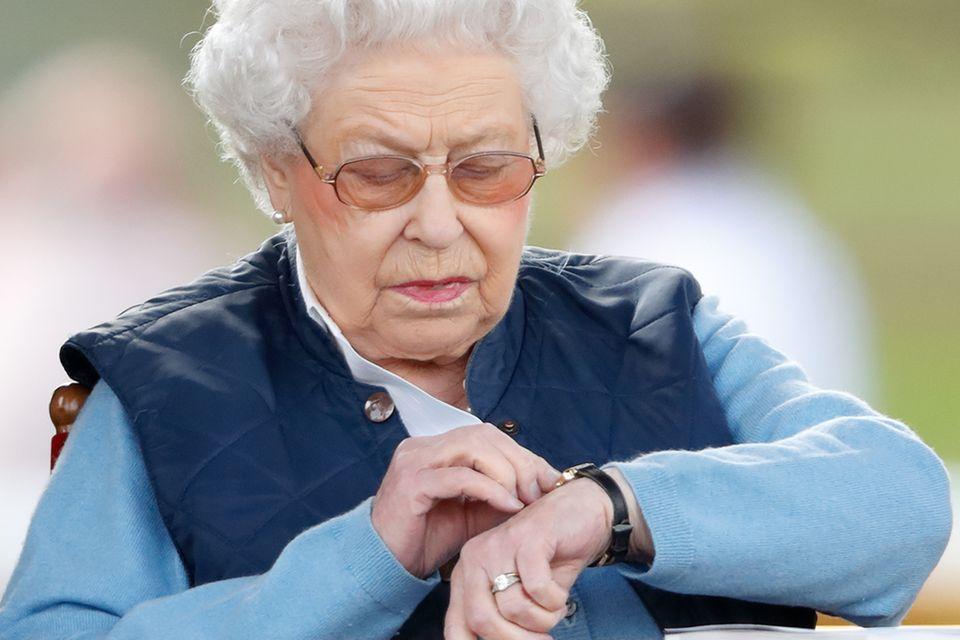 Darum hat die Queen eine eigene Zeitzone im Palast