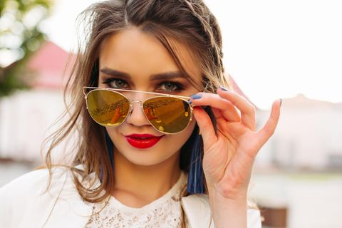 Der perfekte Lippenstift zu deiner Augenfarbe