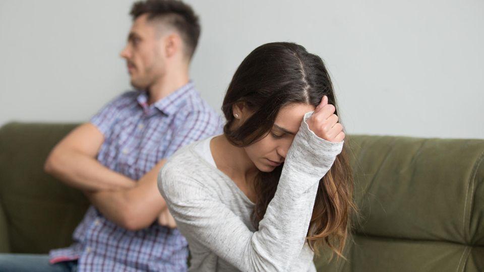 5 Warnzeichen, dass dein Partner ein Narzisst ist