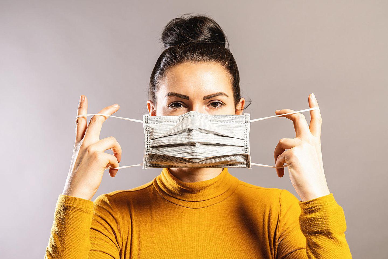 Ein Mund-Nasen-Schutz ist in Zeiten von Corona unverzichtbar.