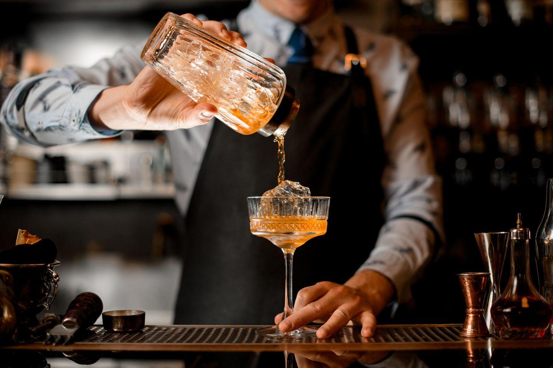 Barkeeper: Cocktail