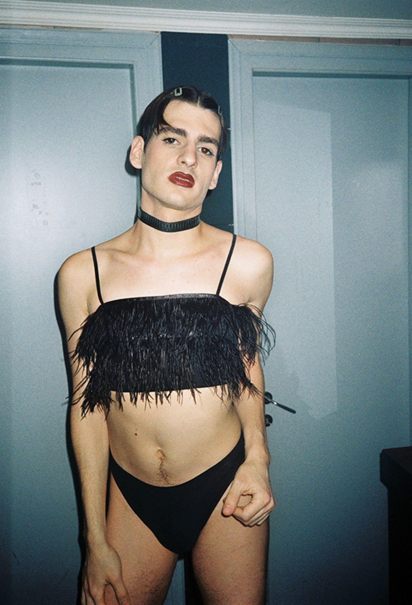 New Queer Photography: Lippenstift