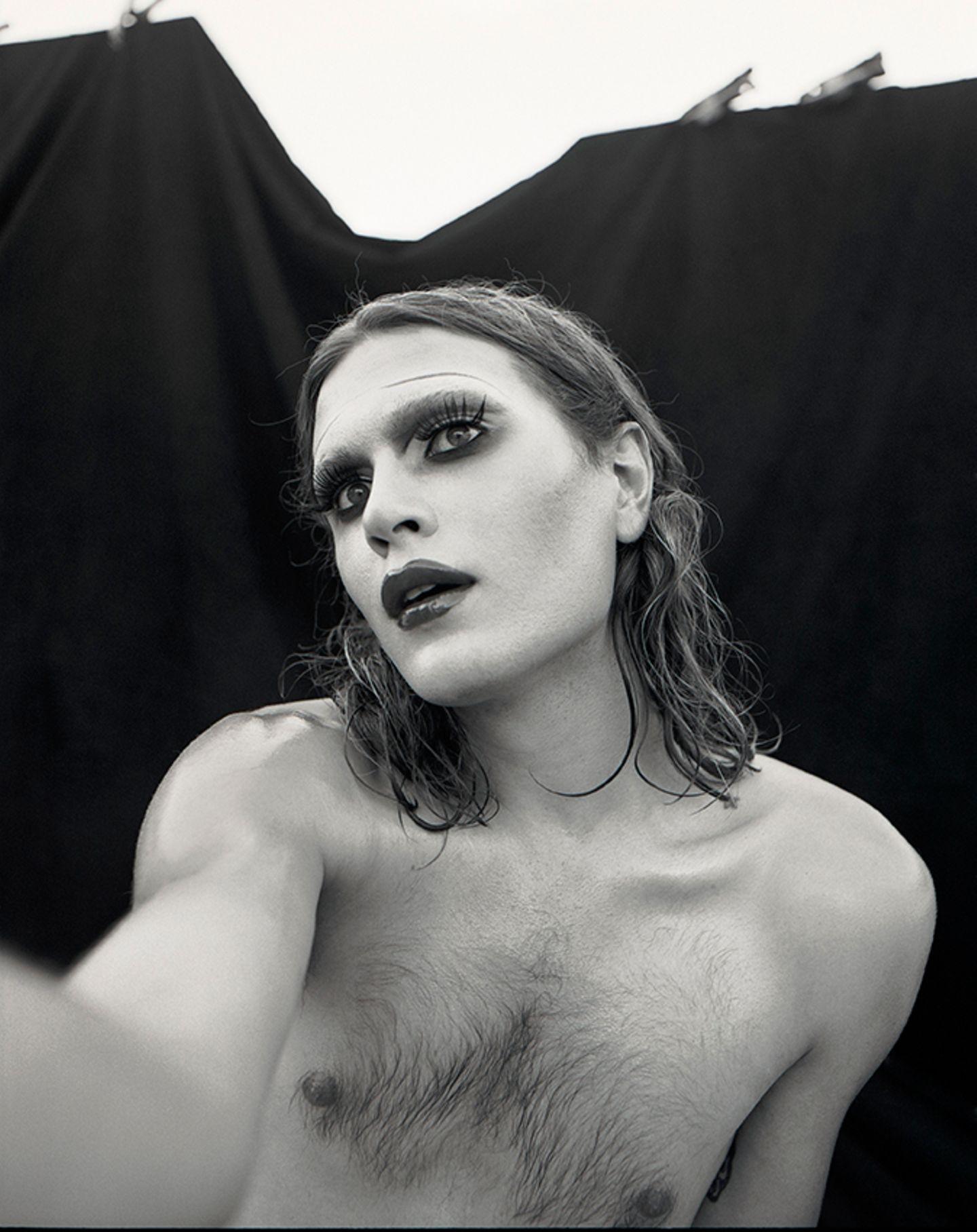 New Queer Photography: geschminkt