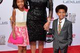 Kamala Harris: im schwarzen Kleid