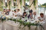 Die schönsten Hochzeitsbilder des Jahres: Hochzeitsgäste am Tisch