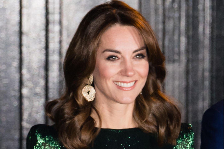 """""""Kleid des Jahrzehnts"""": Dieses Kleid von Kate geht jetzt in die Geschichte ein – und hier shoppt ihr es günstig nach!"""