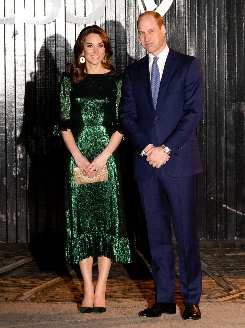"""Das smaragdgrüne Kleid von 'The Vampire's Wife' ist nun offiziell das """"Kleid des Jahrzehnts"""""""