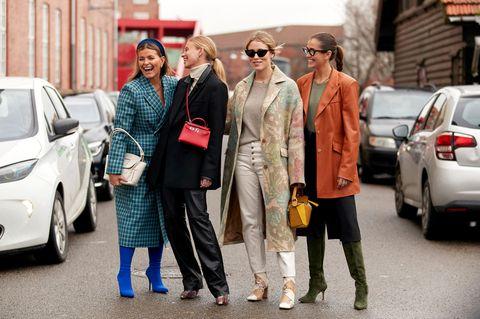 Trend Hosen: Influencerinnen auf der Fashion Week