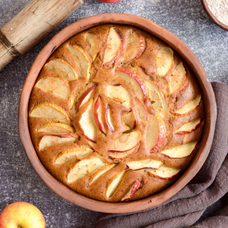 Gesunder Kuchen mit Äpfeln