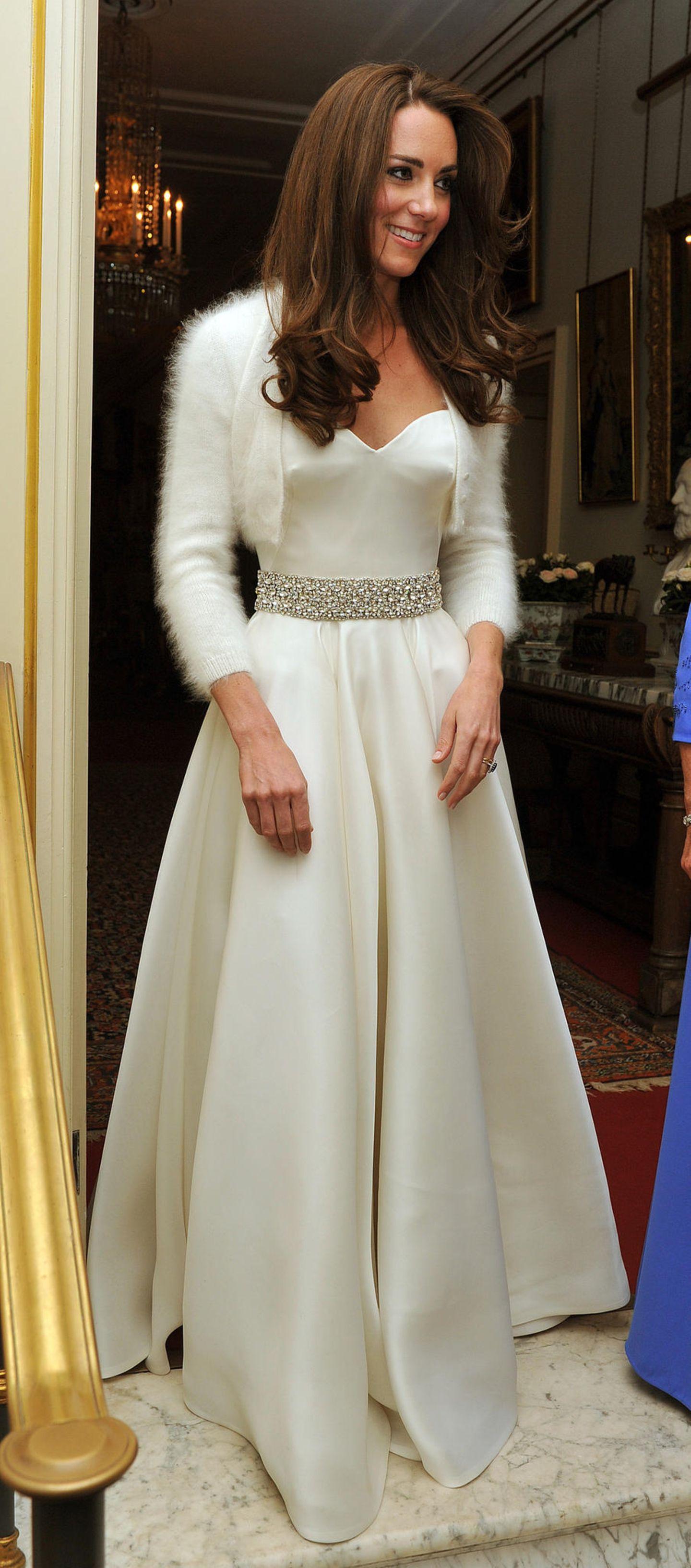 Zweite Hochzeitskleider: Herzogin Kate im Brautkleid
