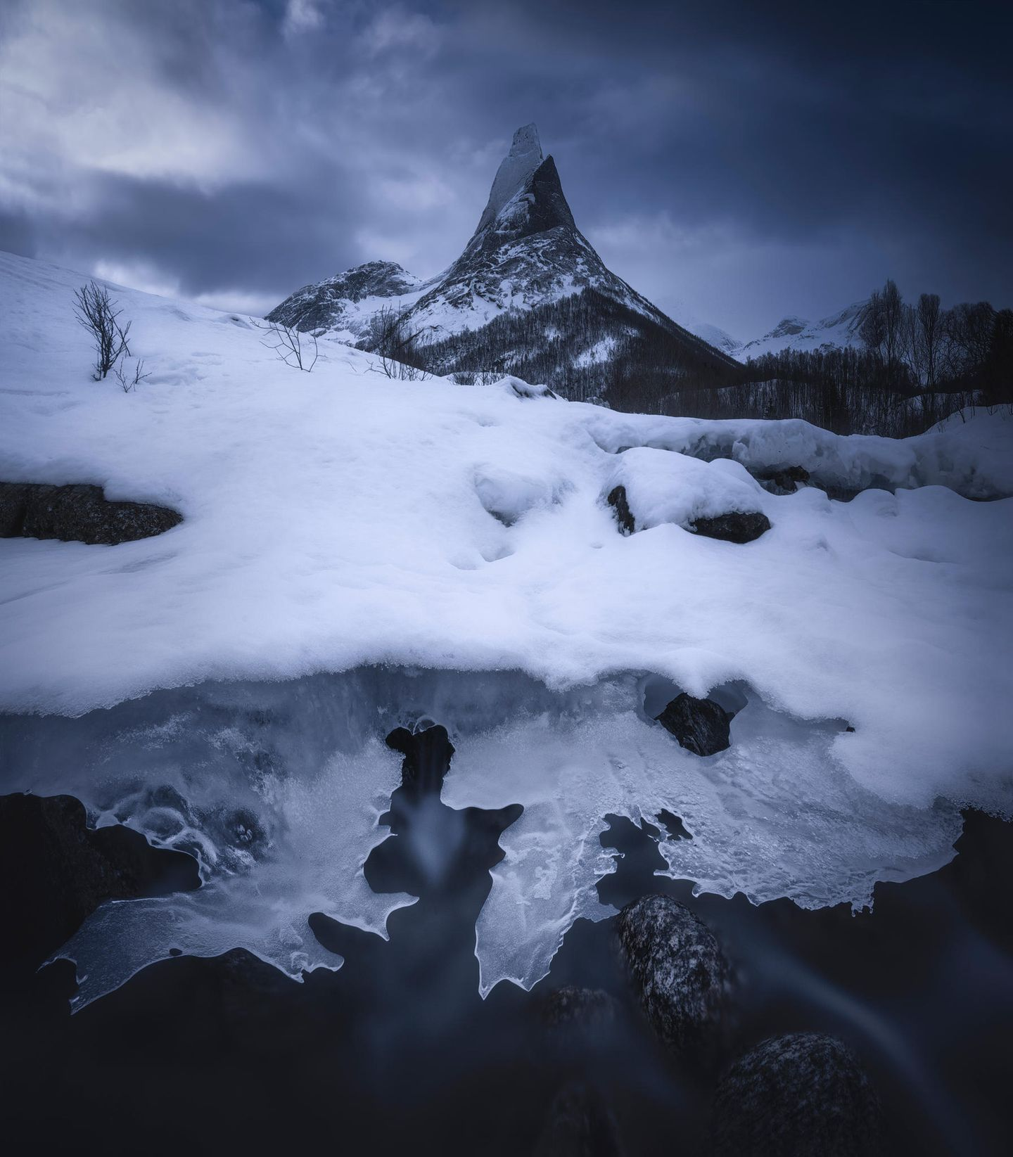 ILPOTY 2020: Schnee auf Berg