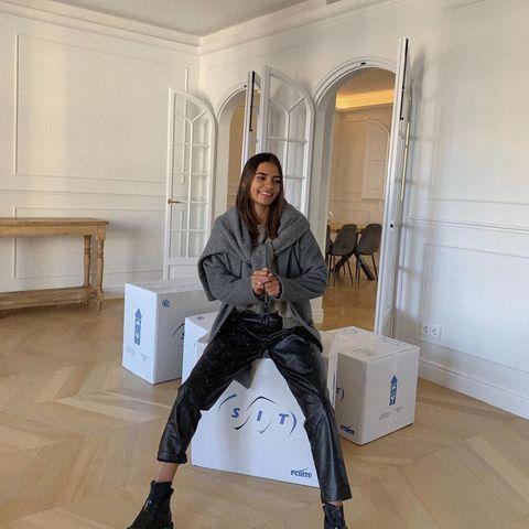 Warm anziehen: Bella Hadid auf der Fashionweek