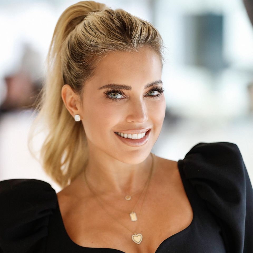 GLOSSIP – Der GALA-Beauty-Podcast: Sylvie Meis gewährt einen exklusiven Einblick in ihre Beauty-Bag
