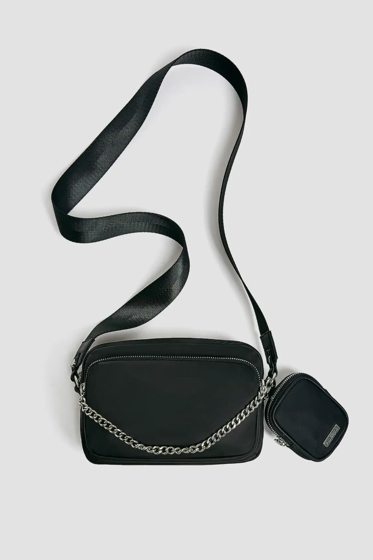 Crossbody-Bags: Pull and Bear tasche schwarz