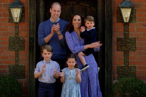 Herzoging Kate mit ihrer Familie