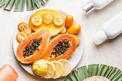 Vegan Beauty: Obst und Cremetuben