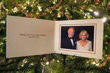 Weihnachten bei den Windsors: Weihnachtskarte Prinz Charles und Camilla