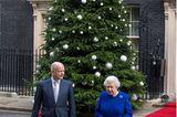 Weihnachten bei den Windsors: Königin Elisabeth II. mit Angestelltem