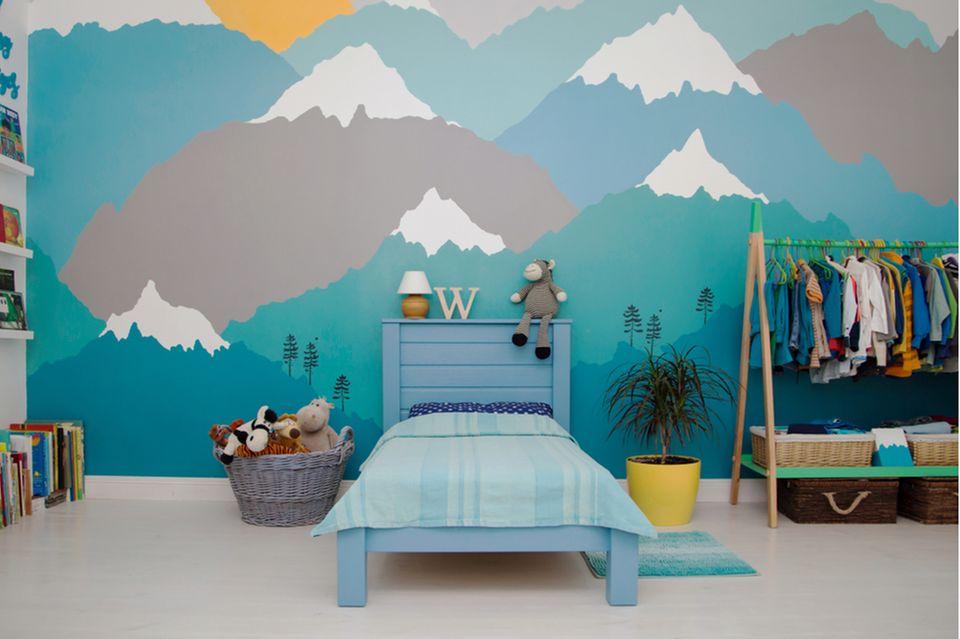 Kinderzimmer gestalten: Zimmer mit Bergmotiv