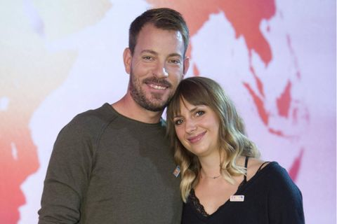 """Anna Heiser: """"Bauer sucht Frau""""-Star setzt Babybauch in Szene"""