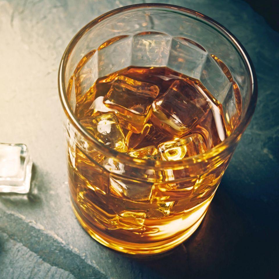 Alkohol in verschiedenen Lebensphasen: Whiskey