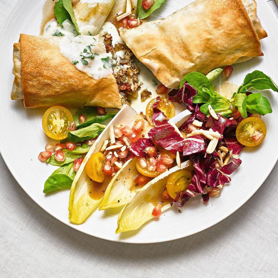 Winterlicher Blattsalat mit Granatapfel