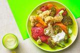 Ofengemüse und Kichererbsen-Rote-Bete-Creme