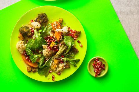 Gemüsesalat mit Buchweizen und Curry
