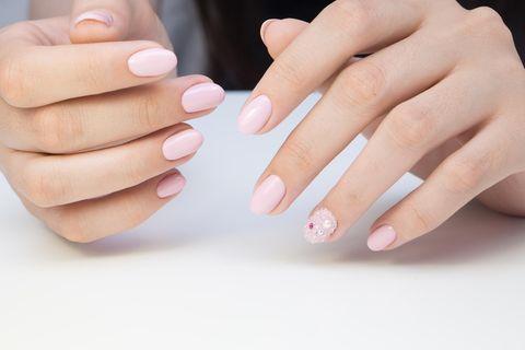 Nagellacktrend 2021: Micro Manicure
