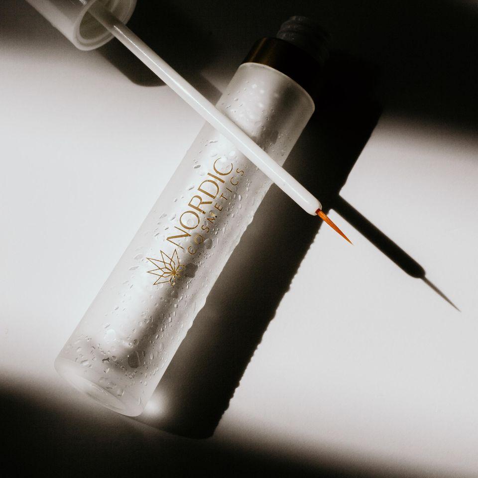 Nordic Cosmetics Wimpernserum mit CBD