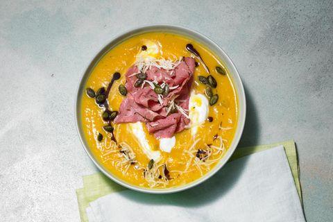 Kürbissuppe mit Pastrami