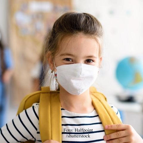 Eltern Corona Special; Mädchen mit Maske