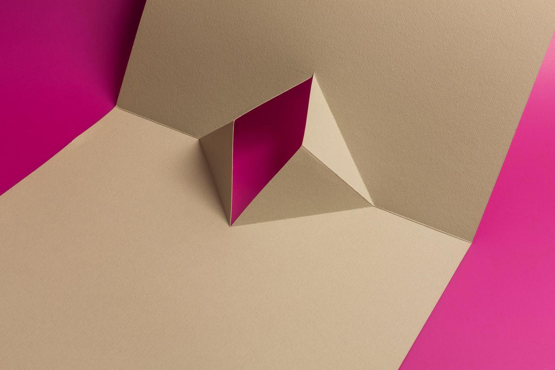 Papier in Form von Vagina