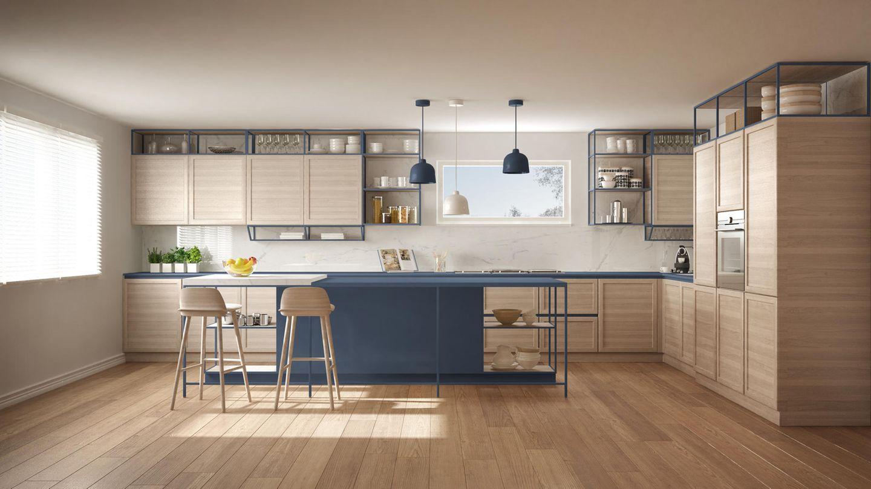 Holzküche: Küche aus Holz mit Farbtupfer
