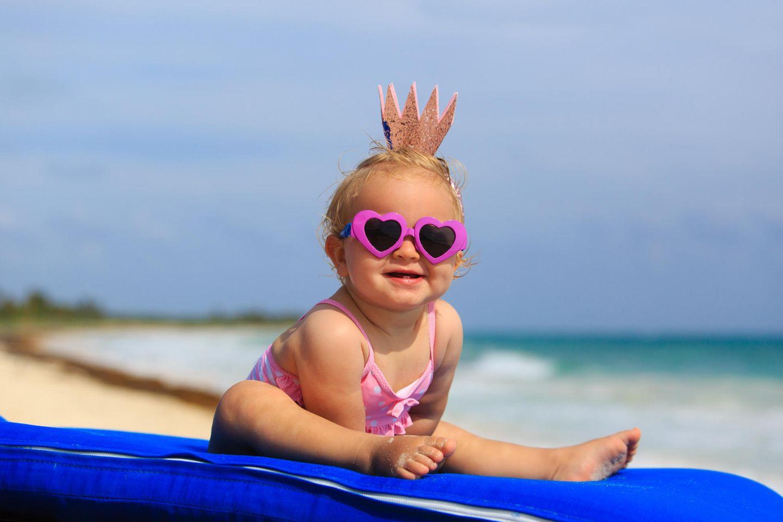 Babynamen: Baby am Strand