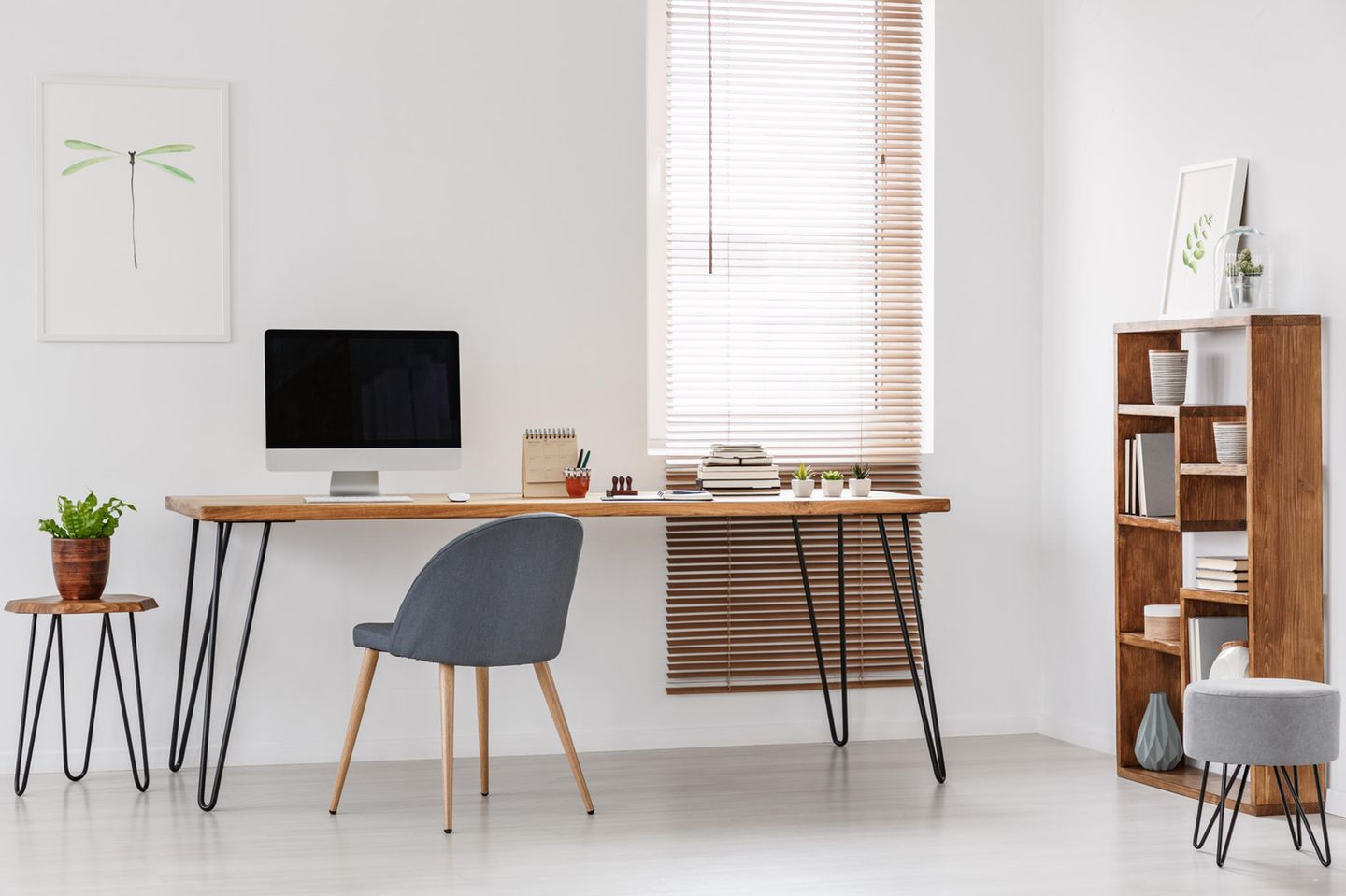 Home Office im Hairpin-Style