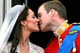 Herzogin Kate + Prinz William: küssen sich