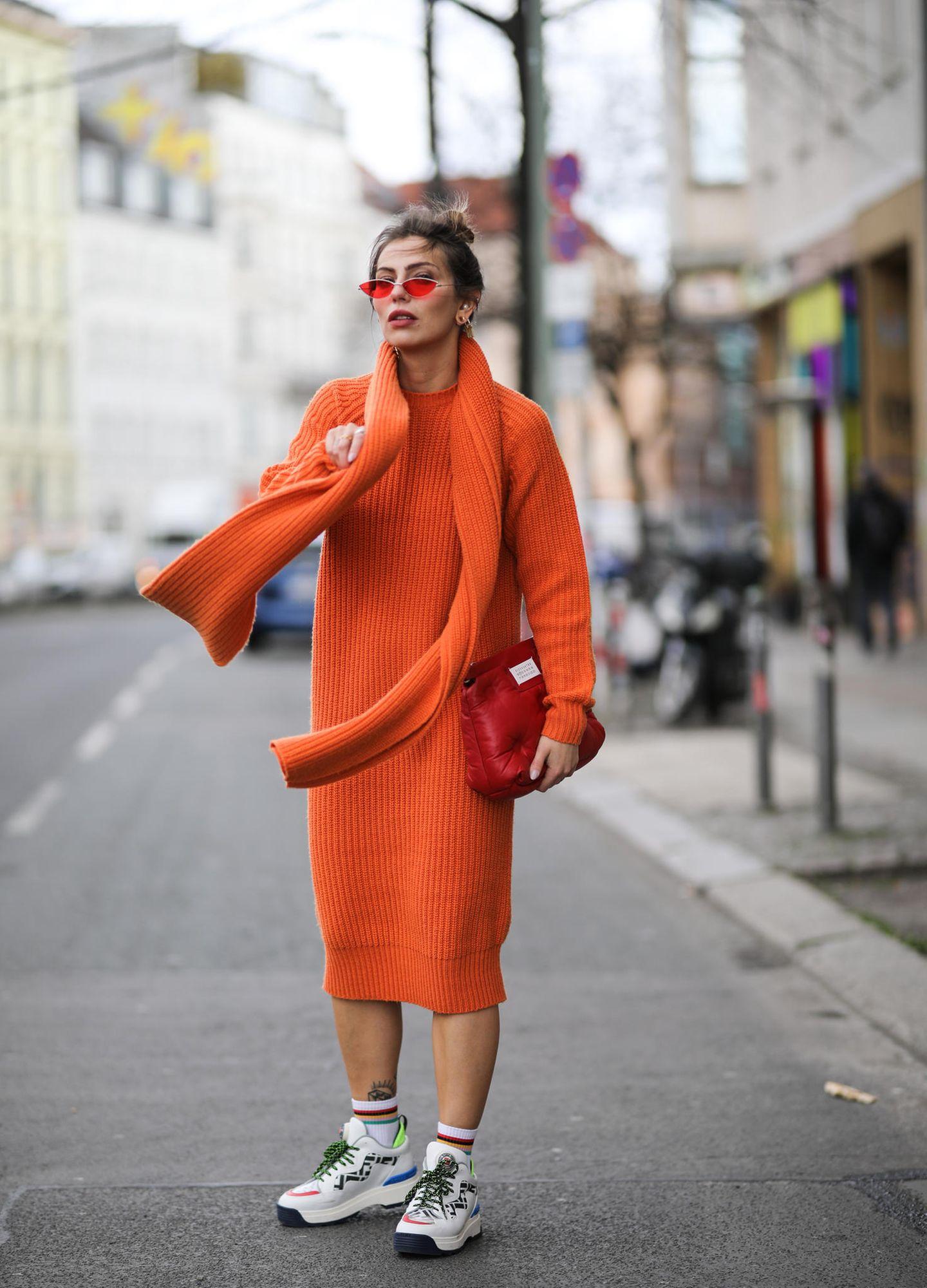 Fashion-Tipp: Masha Sedgwick trägt das perfekte Lockdown-Kleid