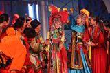 Hochzeitskleider aus aller Welt: mongolische Braut