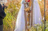 Hochzeitskleider aus aller Welt: Brautpaar in weiß