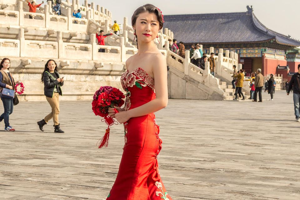 Hochzeitskleider aus aller Welt: Braut in rot