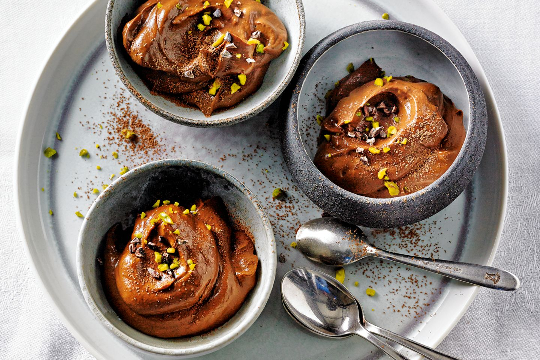 Desserts ohne Zucker: Schoko-Avocado-Creme