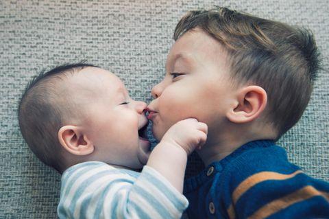 Eltern-Sätze: Zwei Kleinkinder