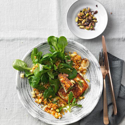 Feldsalat-Rezepte: Feldsalat mit Linsen und Schafkäse