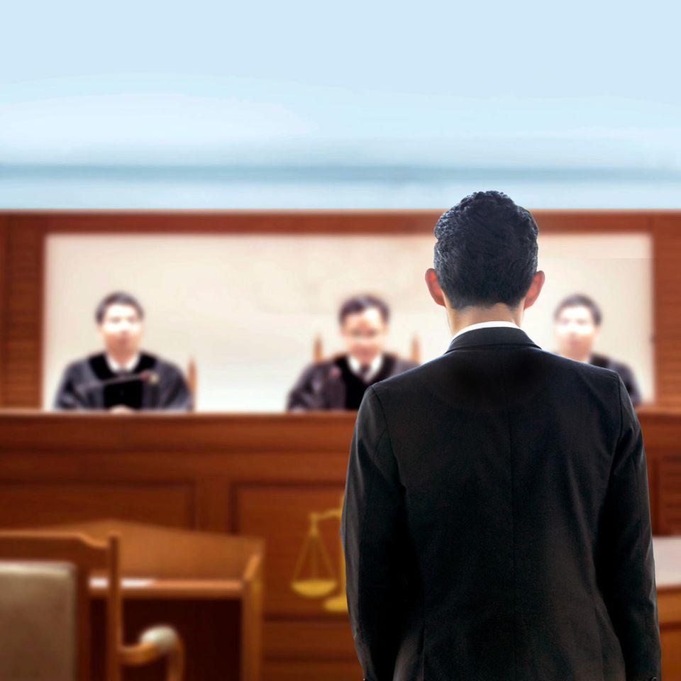 Wieso ist so schwer, Vergewaltigungen aufzuklären? Mann steht vor Gericht