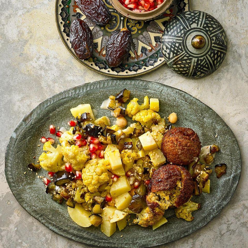 Kartoffelsalat Levante-Style mit Falafel