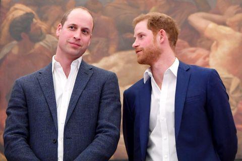 Royals: Herzogin Meghan + Prinz Harry: Briten erzürnt über Enthüllungsbuch