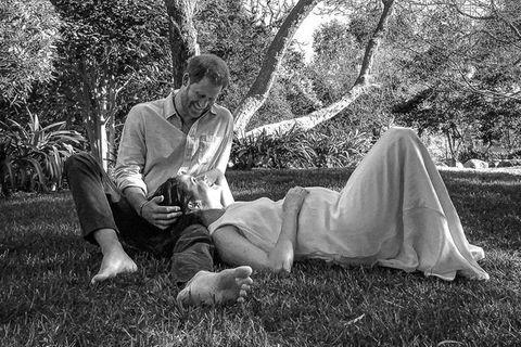 Prinz Harry und Herzogin Meghan verkünden mit diesem Foto die Schwangerschaft.