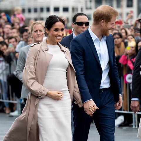Herzogin Meghan, Prinz Harry + Jacinda Ardern (Bild aus der ersten Schwangerschaft im Jahr 2018)