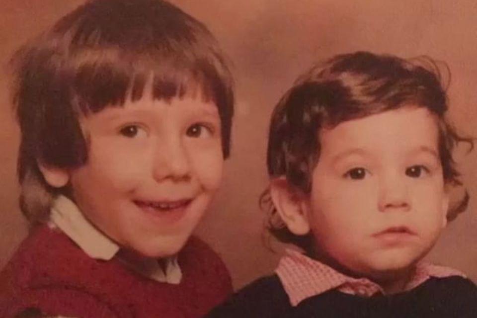 Diesessüße Kinderfoto postet Massimo Sinató auf Instagram.
